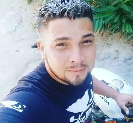 Jovem foi morto com um tiro na barriga