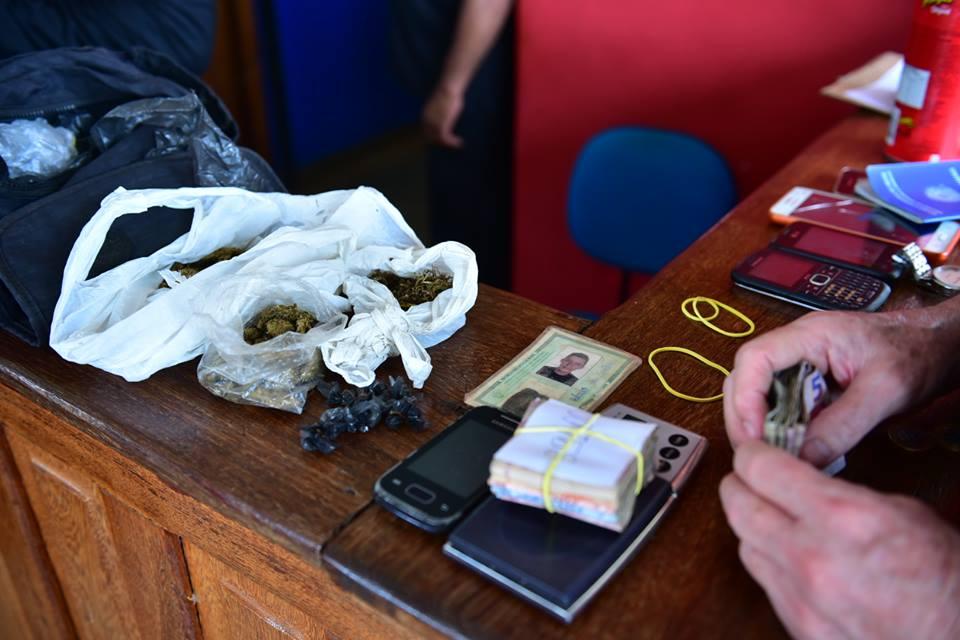 Drogas e dinheiro