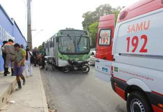 briga por espaço em ônibus